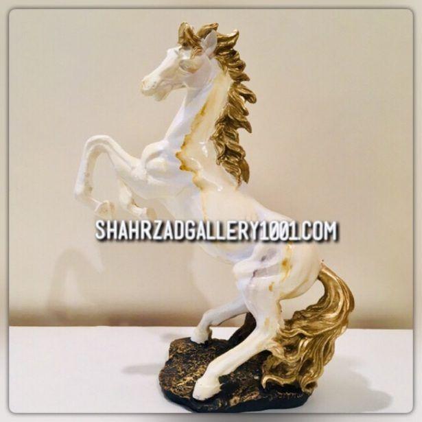 مجسمه اسب سفید - ShahrzadGallery1001