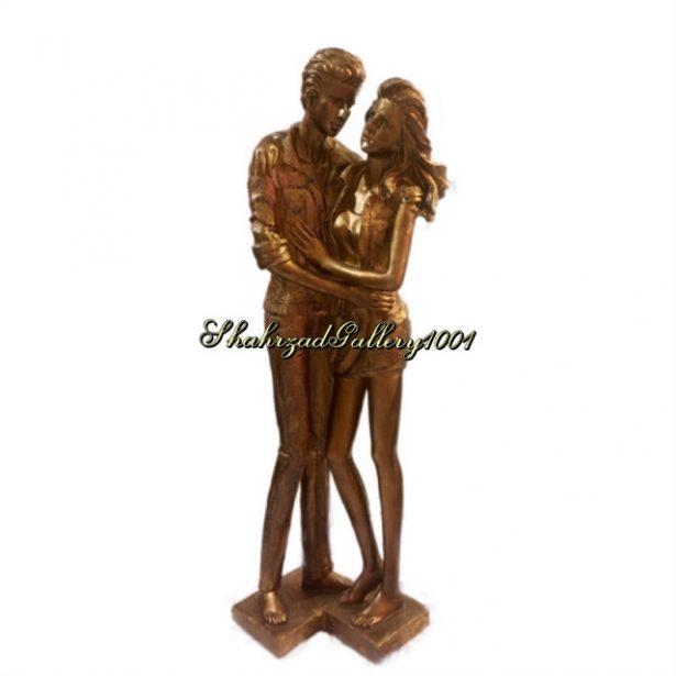 مجسمه عاشقانه مارگارتا و الیور