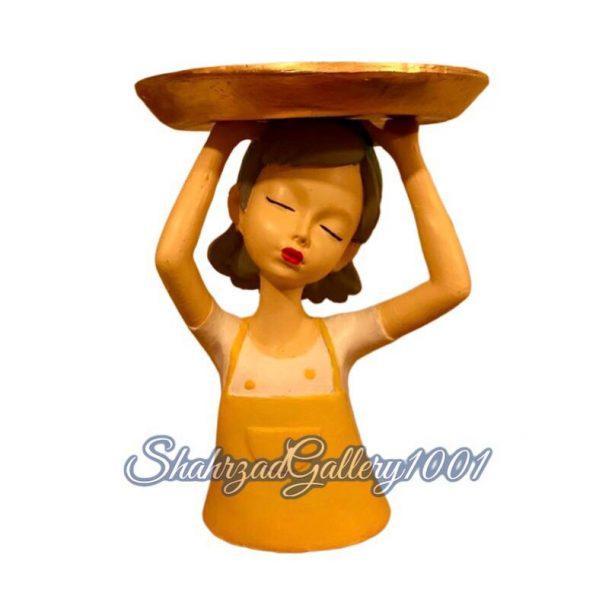 مجسمه دختر سینی به سر گالری شهرزاد