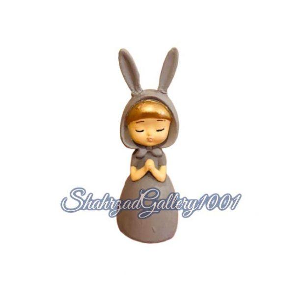 مجسمه دختر خرگوشی گالری شهرزاد