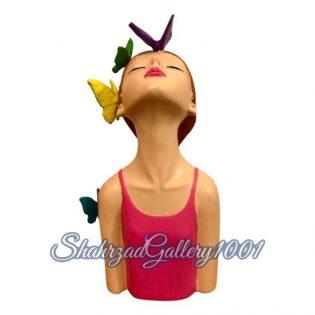 مجسمه دختر پروانه به سر گالری شهرزاد اسدی